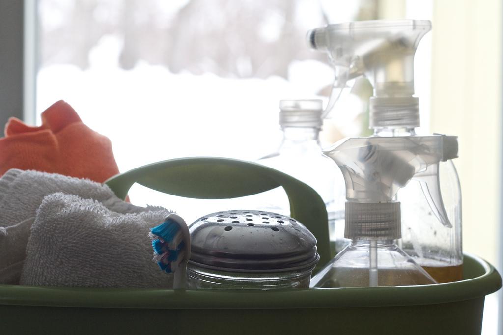 10 schoonmaakazijn tips - je huis schoonmaken met azijn
