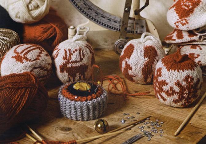 Je eigen kerstballen breien – hoe hip kan je zijn?