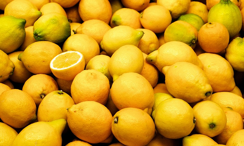 8x schoonmaken met citroen in huis