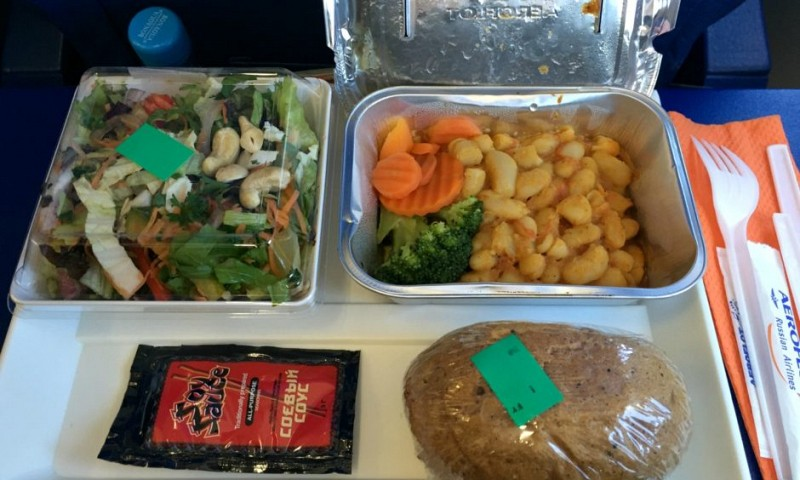 Vegan eten in het vliegtuig – mijn ervaring