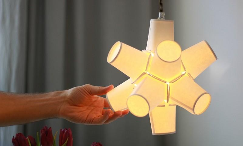 Lamp maken van papieren bekers (+ instructievideo)