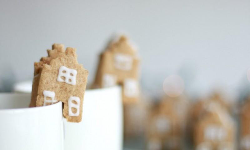 Eetbare Delftse huisjes maken van koekjes