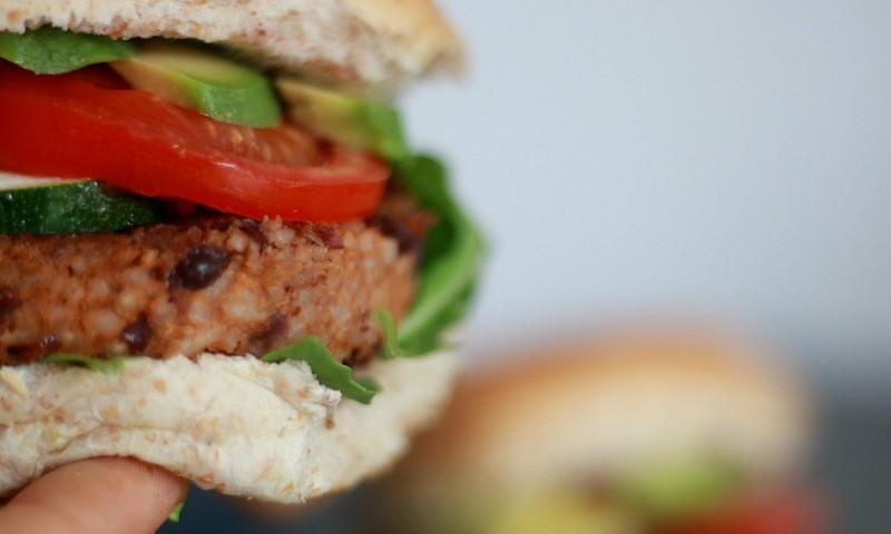 Makkelijk recept – heerlijke vegan burger van kidneybonen