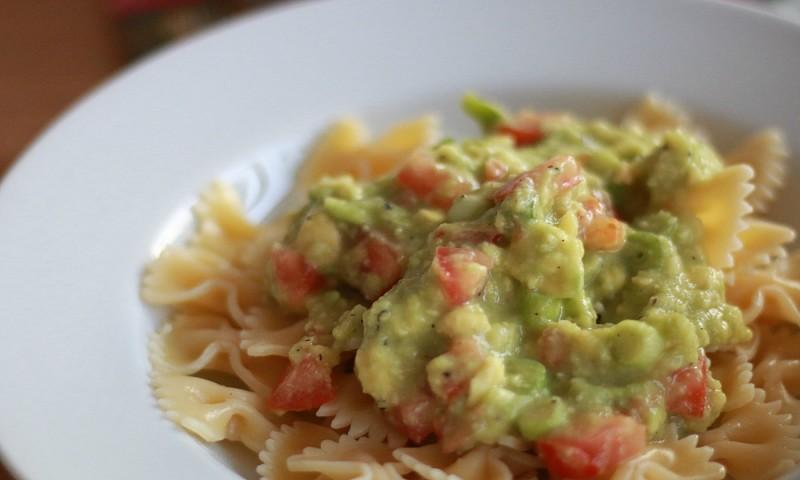 15 minuten recept – heerlijke pasta met avocadosaus