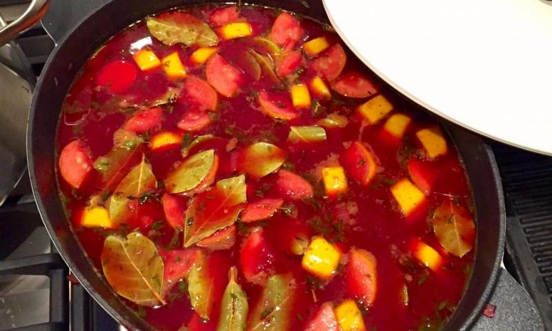 Traditionele beet bourguignon (zonder boeuf)