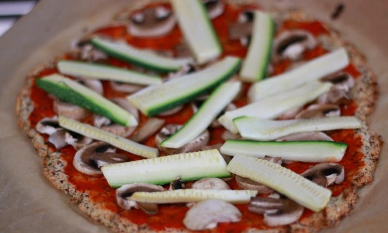 Bloemkoolpizza recept – weinig calorieën en heerlijk krokant