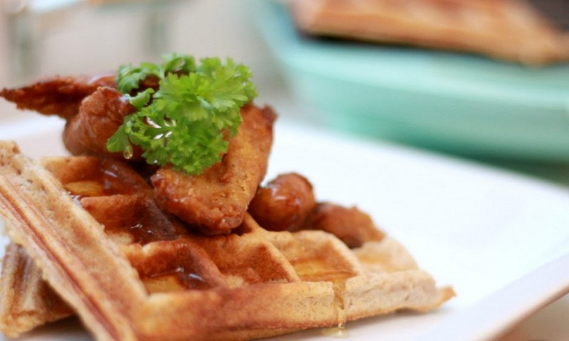 Veggie chicken & waffles recept