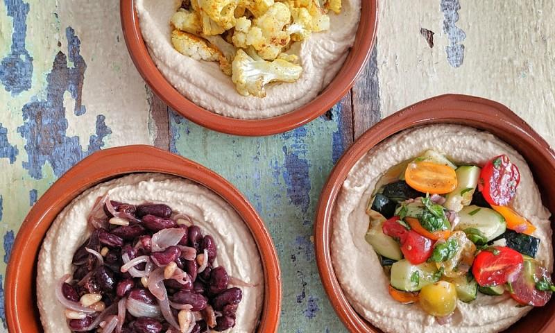 Hummus basisrecept – met 3 verschillende toppings