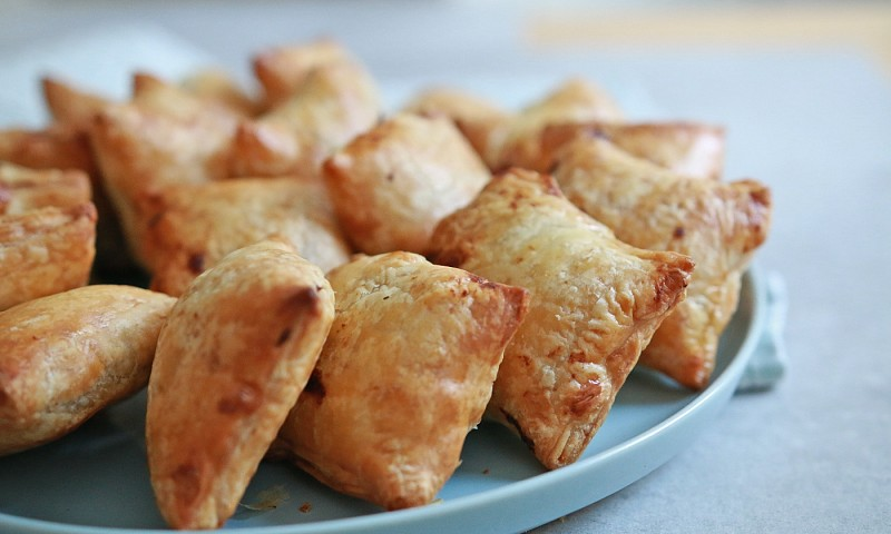 Vegan worstenbroodjes