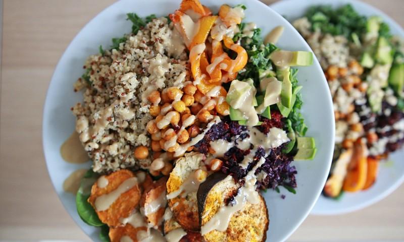 Vegan maaltijdsalade recept (+video)