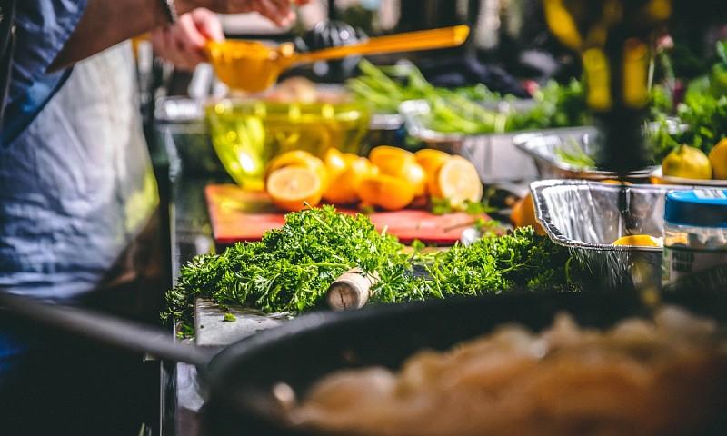 Hoe het plannen van maaltijden mij helpt om geld te besparen
