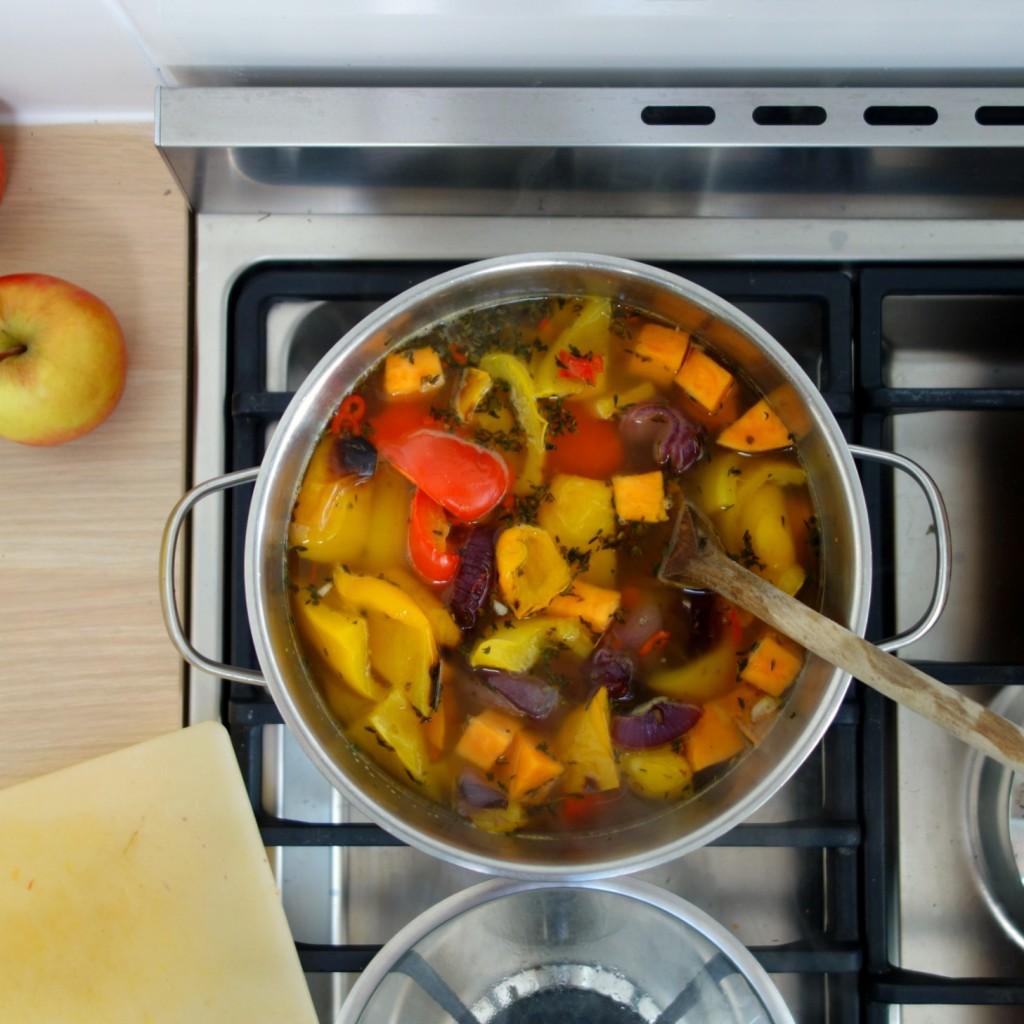 soep met paprika en zoete aardappel