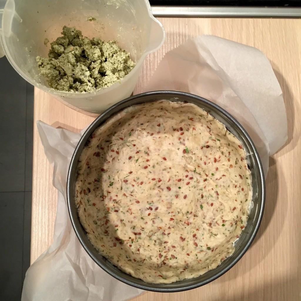 vegan quiche recept met tofu, tomaat en champignons